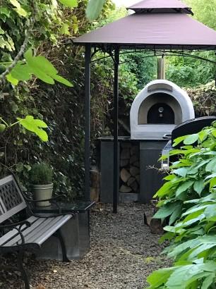 Outdoor kitchen with zinc